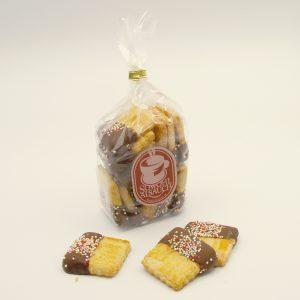 Butterkeks mit Schokolade und Streusel